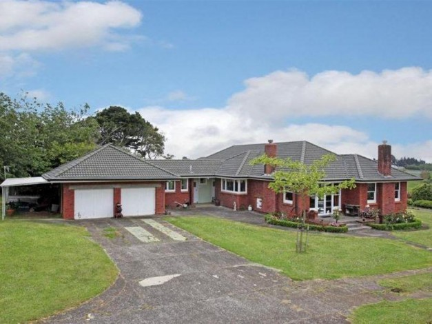 Country houses for sale country properties country life for New zealand mansions for sale